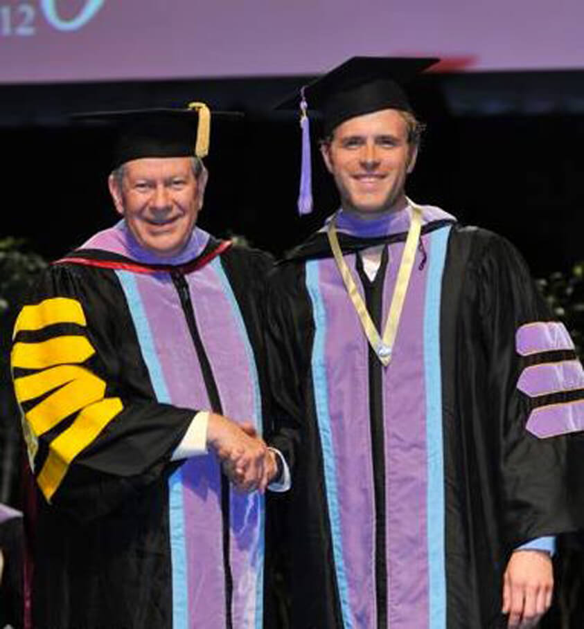 West Vancouver Dentist Receives 2012 Fellowship Award from the Academy of General Dentistry